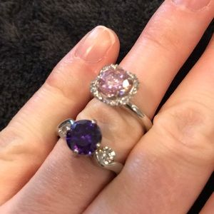 Two costume jewelry Rings!!!